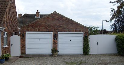 Single Stretton Gate with Fencing Panel arctop and Single Stretton Gate arctop